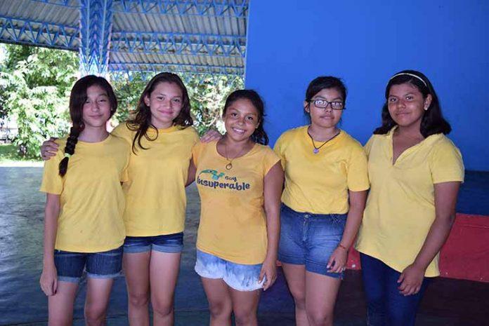 Marian García, Melina Gamboa, Ayin De la Cruz, Daphne Blas, Sujey González.