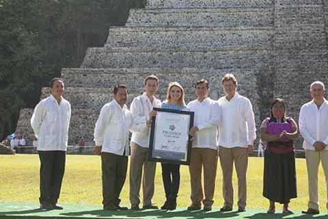 El gobernador Velasco destacó las acciones que se impulsan para que la zona turística de Palenque luzca aún más atractiva, y se siga consolidando como uno de los sitios más competitivos.