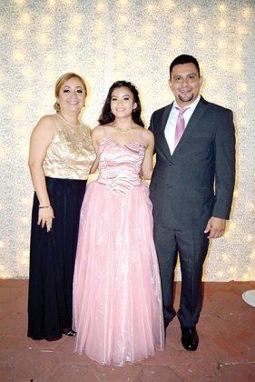 Familia Sandoval Luis.
