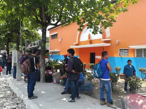 Pandilleros y Migrantes Causan Temor en Colonias del Suroriente