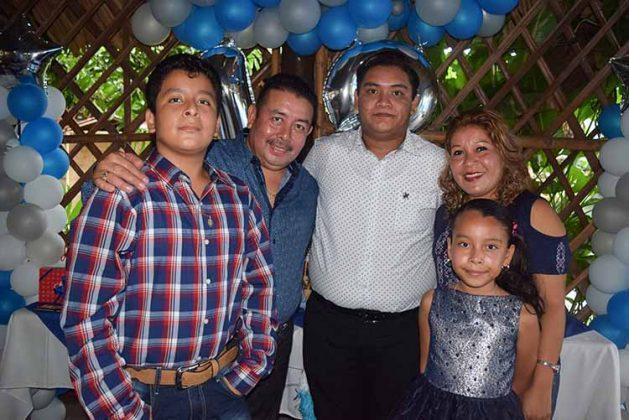 Familia González Martínez.