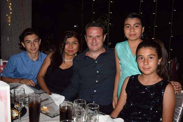 Familia Schindele Díaz.