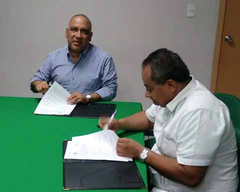 Firma la UPTAP Convenio con Empresa de Agronegocios en Mazatán