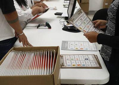 INE Recibe 98 mil Votos de Mexicanos en el Extranjero
