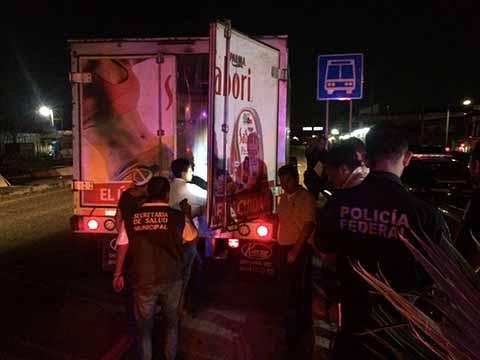 SAGARPA Asegura Vehículo con Embutidos en Mal Estado
