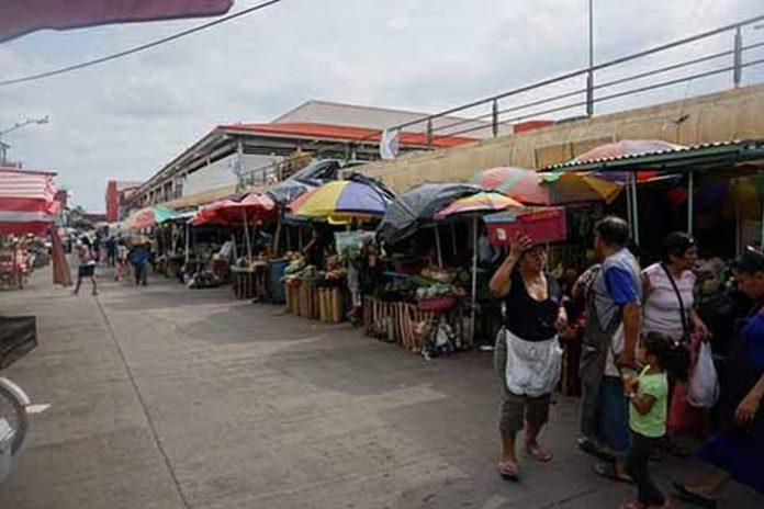 El Presidente de la CANACO local, Carlos Murillo Pérez, afirmó que el ambulantaje creció alrededor de cien por ciento anual en la actual administración municipal, y que no se ha aclarado el destino de los recursos que recauda Servicios Públicos a los vendedores ambulantes.