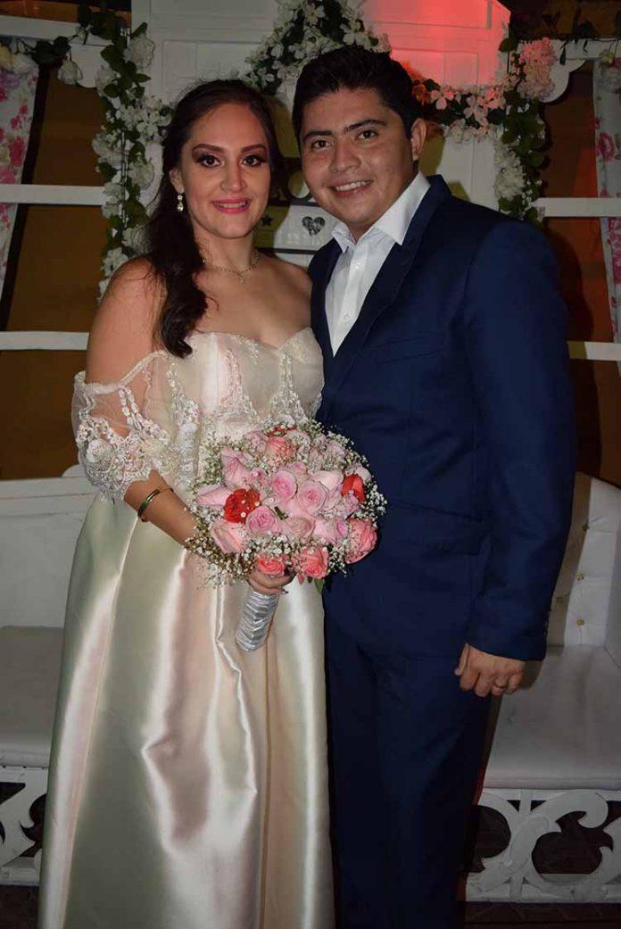 Alejandra Ruiz & Gustavo Pérez.