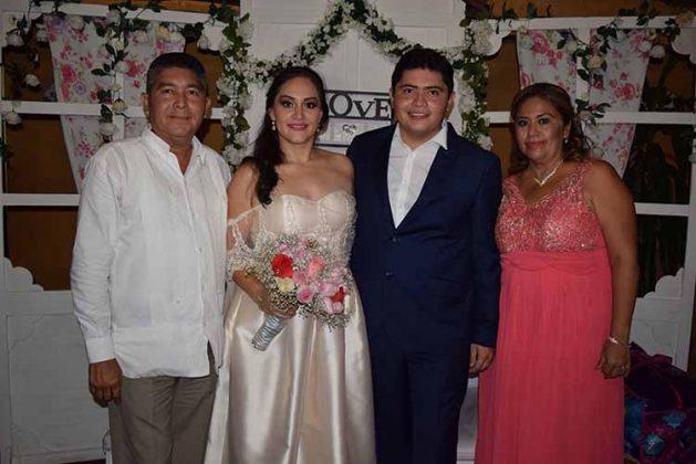 Con el matrimonio Pérez Ruiz, Raúl Pérez & Yolanda Ulloa.