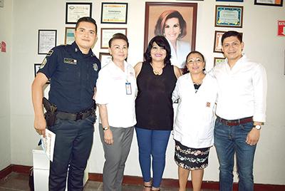 Israel Espinoza, María Argelia Komukai, Carina Martínez, Ana Lydia Ovando, Víctor Egremy.