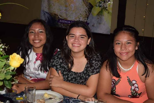 Katia Vives, Citlali Méndez, Cristyna Gerardo.