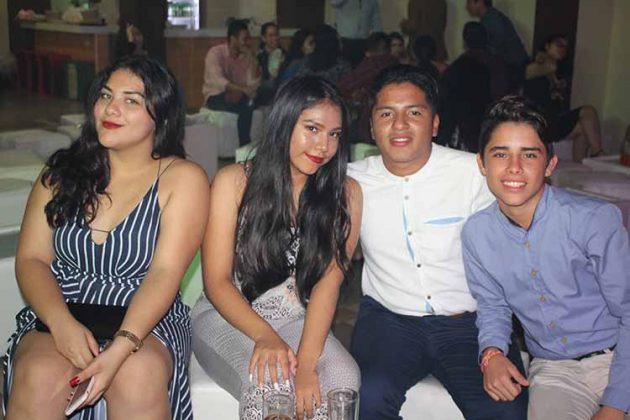 Alexa Farfán, Hannia Bautista, Ricardo Garay, Jesús Navarro.