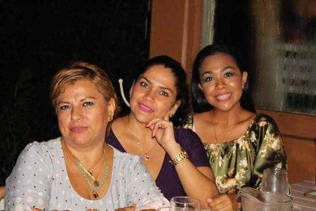 Lilia García, Marcela Vázquez, Daniela Hidalgo.