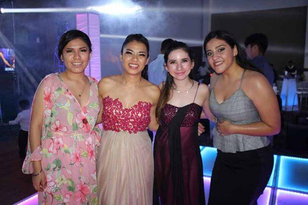 Gloria Díaz, Verónica López, Naomi Reyes, Itsi Espinoza.
