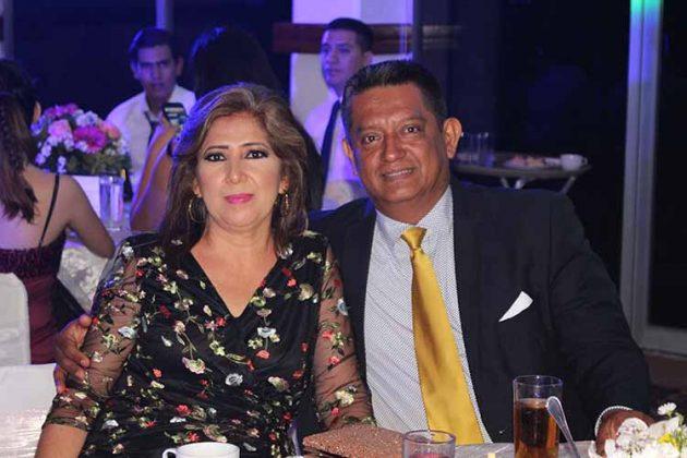 Clara, Carlos Iturbe.