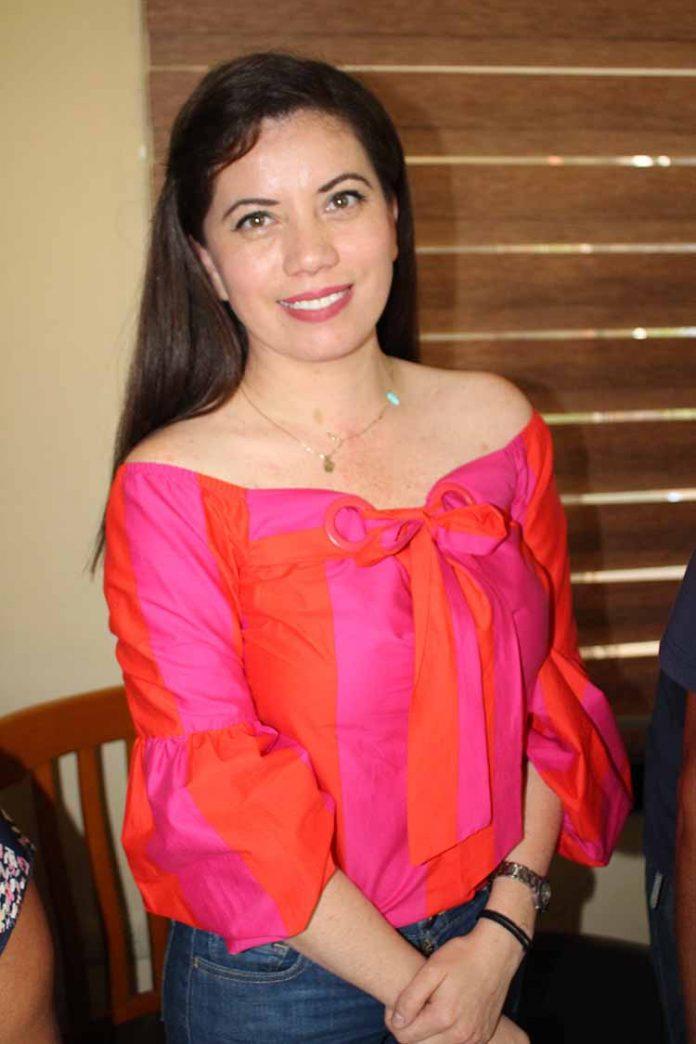 Rosario Olivo.