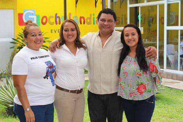 Aly, Rebeca Mérida, David Izquierdo, Oly Mérida.