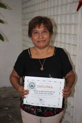 Elizabeth Pascasio. Maestra.
