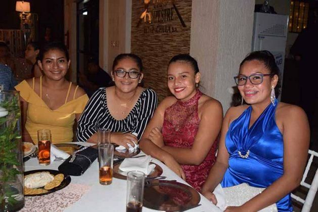 Jazmin Hernández, Yasbek Luis, Dany Ariña, Michelle Gómez.