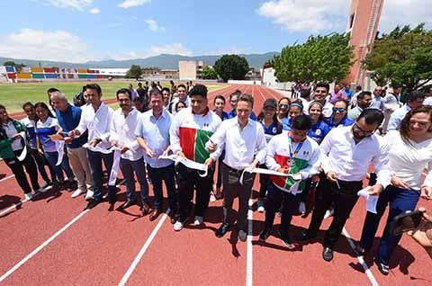 Inaugura Velasco Centro de Alto Rendimiento