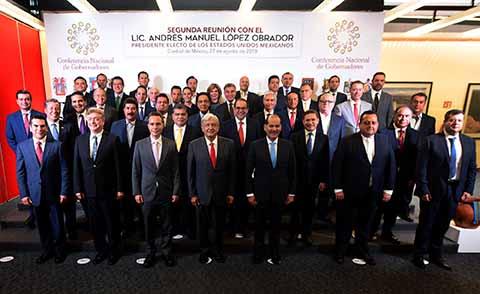 Manuel Velasco junto con los Gobernadores Constitucionales y Electos, establecen un trabajo de unidad para trazar la ruta de un mejor país.
