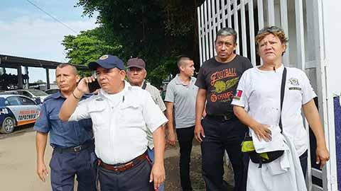 Protestan Agentes de Vialidad y Protección Civil Contra el Ayto.