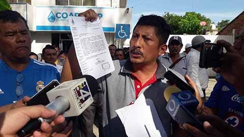 Fracasa la Mesa de Diálogo en COAPATAP Trabajadores Intentan Retener al Director