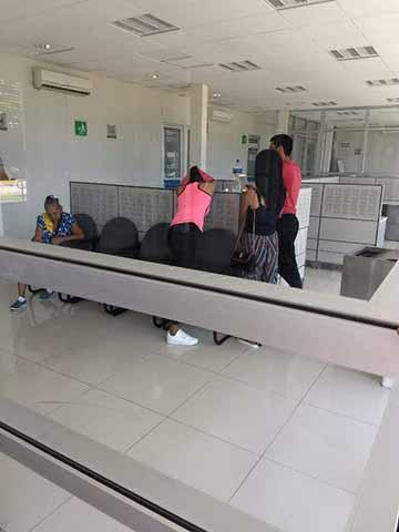 Turistas Victimas de Agentes Aguanales en Villa Comaltitlán
