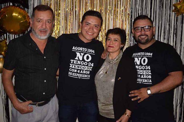 Eduardo Gordillo, Mauricio Gordillo, Tere Guillén, Álvaro Islas.