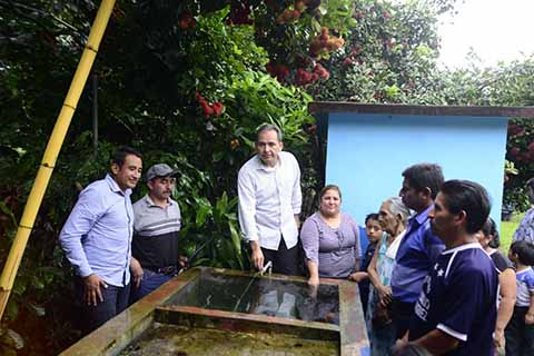 Entrega Enrique Álvarez Obra de Agua Potable