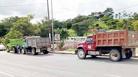 Camioneros se Pronuncian Contra Empresas Foráneas