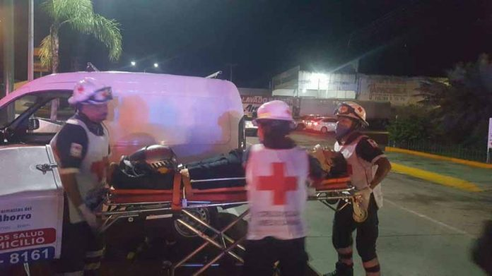 """Dio Vuelta en """"U"""" y Causó Corte de Circulación a un Motociclista"""