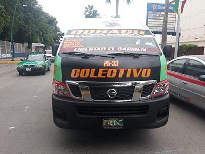 Combista Provoca Percance Contra Taxi
