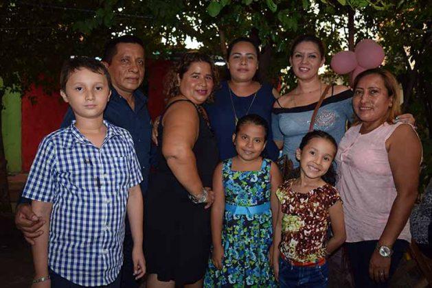 Joel Roblero, Sandra Méndez, María Guadalupe Soto, Samantha Jacqueline, Erika Herrera, Jorge Iván, Víctoria García, Isabel de León.