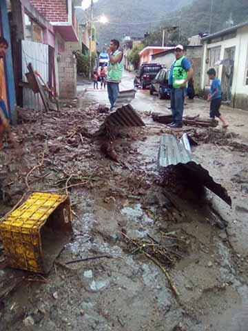 Torrenciales Lluvias Causan Inundaciones en Motozintla