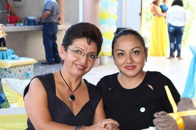Gladys Reyes, Fernanda Ruiz.