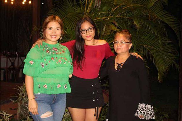Ámbar, Gabriela García, Guadalupe González.