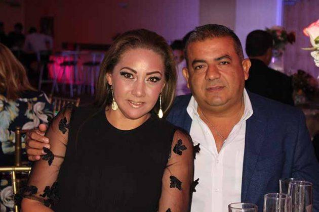Paola, Amado García.