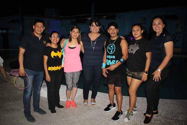 Integrantes del PATRONATO CIJ Tapachula: Víctor Egremi, Roxana Canel, Conchita Guillén, Carina Martínez, Lupita Pacheco, Roxana Palomeque, con el instructor Braulio Cruz.
