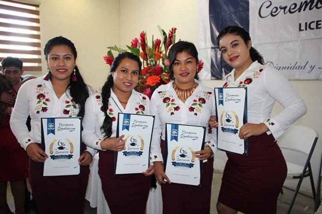 Marisela Villarreal, Kelia Hernández, Amarayni Yazaret, Delmi Ramírez.