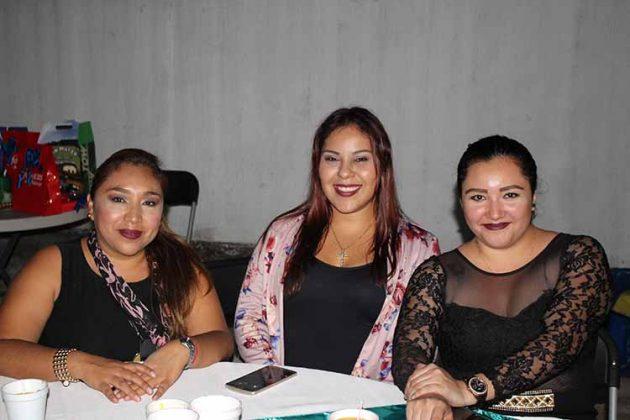 Melissa Sic, Karen Barrientos, Candy Borrego.