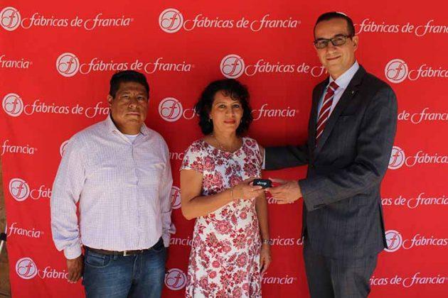 Oscar González, Interventor; Ana Toledo, Bruno Calderón, Director General Fabricas de Francia.
