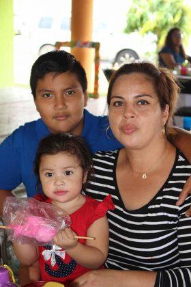 Fernanda Burguete, Braulio Collazo, Dulce Burguete.