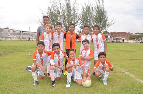 Instituto Cumbre Vence 4-1 a Tigres