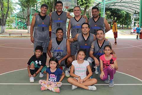 Bullets Domina 81-41 a Selección Tapachula