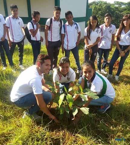 """""""Guardianes del Ambiente"""" Realizan Campaña de Reforestación"""