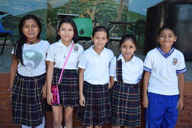 Eliza Pérez, Litzi López, Sofía Lara, Isabela Hernández, Marcía Chacón.