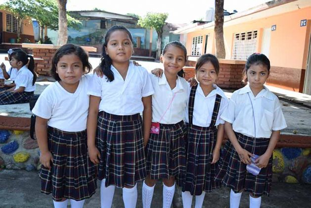 Luna Castillo, Katerin de la Cruz, Hana Morales, Eiko Herrera, Magaly Soto.