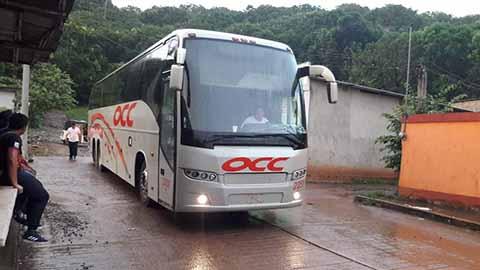 Normalistas Retienen Tres Autobuses de Pasaje