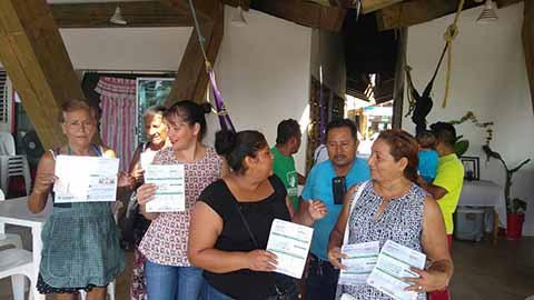 """Palaperos de """"Plaza Madero"""" se Quejan por Altos Cobros de CFE"""