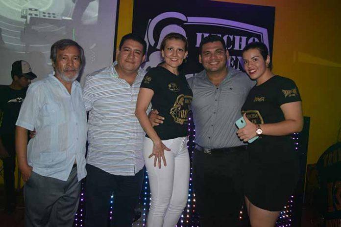 Ramón Farrera, Emmanuel Nivón, Carmen Ayala, Paul Muñoz, Nidia Tirado.